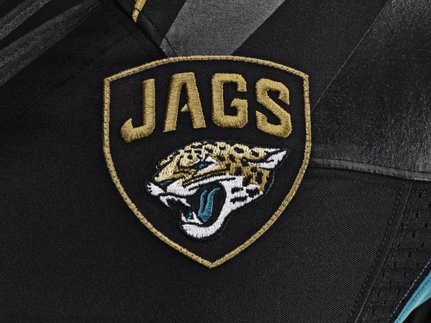 NFL-Nike-Elite-51-Uniform-Jags-Patch_19423