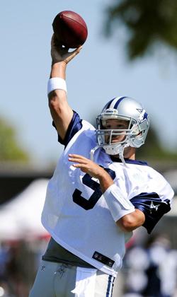 """Tony """"100 millions"""" Romo a plus de pression que jamais."""