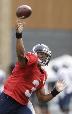 Comme ses camarades quarterbacks draftés en 2012, Russell Wilson va avoir tous les regards braqués sur lui cette année.