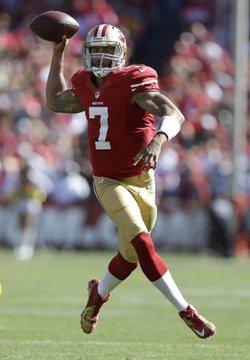 Colin Kapernick a guidé les 49ers vers une victoire difficile face aux Packers.