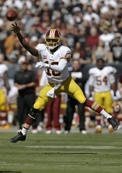 Première victoire de la saison pour Robert Griffin III et les Redskins