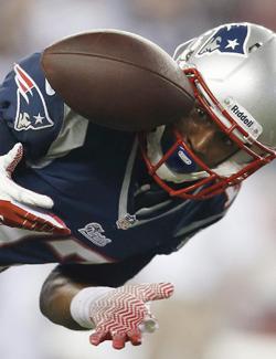 Aaron Dobson a eu beaucoup de mal à attraper le ballon après son premier touchdown en carrière.