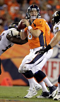 Avec ses sept passes de touchdown, Peyton Manning a égalé un record.