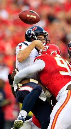 Premier match NFL pas simple pour Case Keenum avec 5 sacks subis