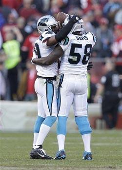 Les défenseurs des Panthers ont fait la loi.