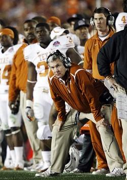 Après ses 16 saisons, Mack Brown quitte le Texas