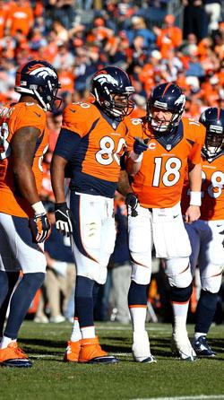 Peyton Manning devrait devenir le premier joueur à remporter le titre de MVP avec deux équipes différentes.