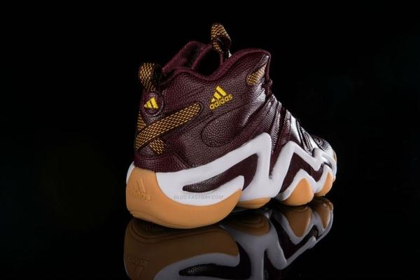 robert-griffin-iii-rg3-washington-redskins-adidas-crazy-8-fan-hook-up-03-700x467
