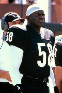 Giants et Sharks, LT n'a connu que deux franchises durant sa carrière
