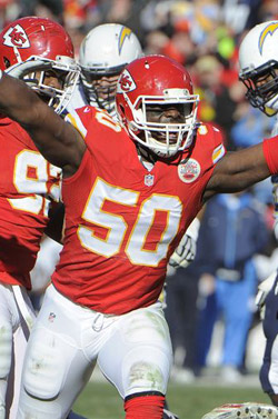 Justin Houston a sacké 4 fois Philip Rivers.