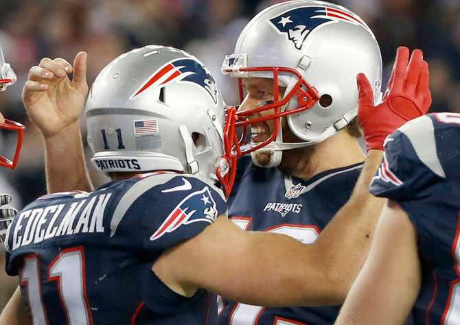 julian-edelman-tom-brady_301015