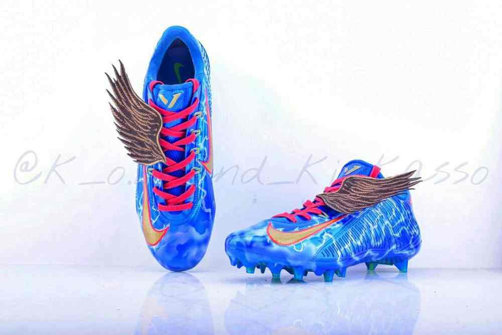 odell-beckham-greek-god-custom-cleats-2