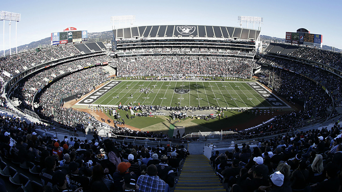 raiders_coliseum_240116