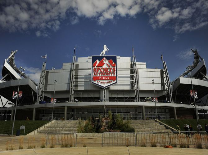 Sports_Authority_Field_Denver_Broncos_Stadium_02032016
