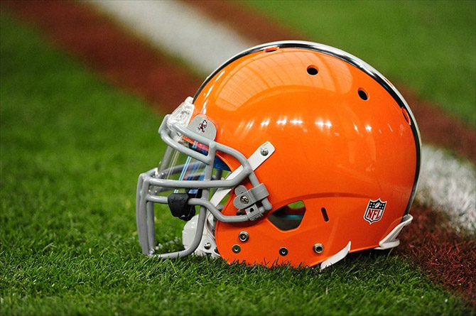 cleveland_browns_casque_190416