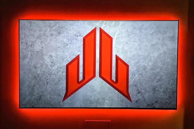 logo-jj-watt-230516