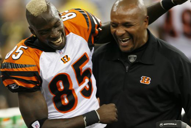 chad-johnson-hue-jackson-120716