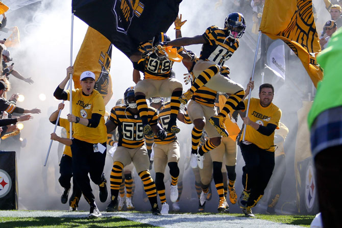 steelers-tunnel-170716