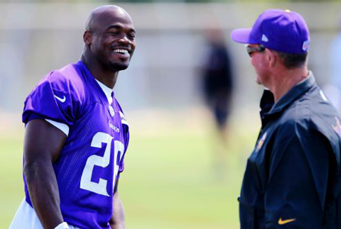 adrian-peterson-mike-zimmer-vikings-260816