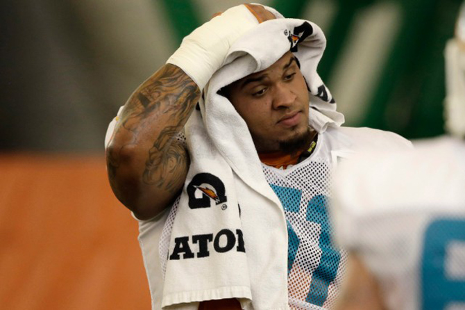 mike-pouncey-hanche-dolphins-220816