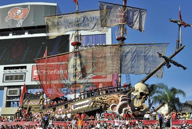 tampa-bay-buccaneers-bateau-300816
