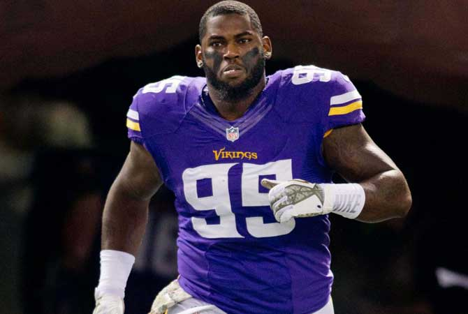 shariff-floyd-vikings-250916