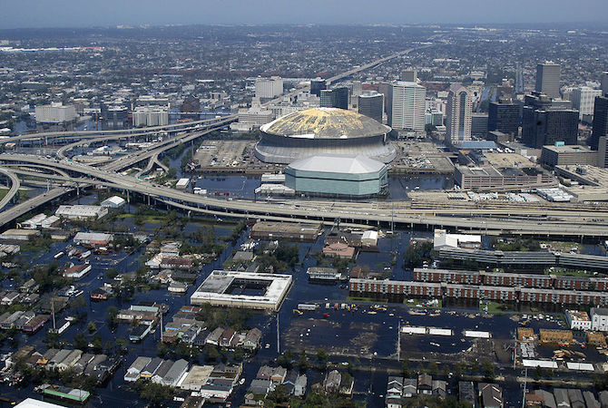 superdome-navy-flooded-new-orleans