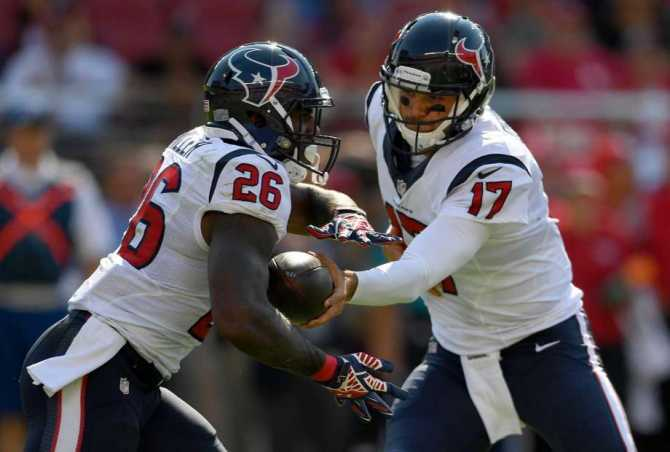 Lamar Miller_Brock Osweiler_Houston_Texans