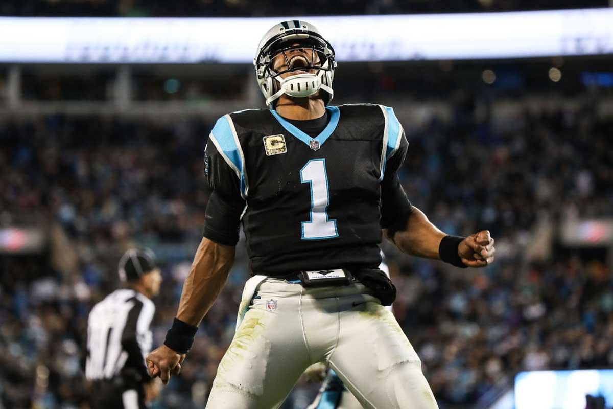 Cam Newton et les Panthers écrasent les Dolphins